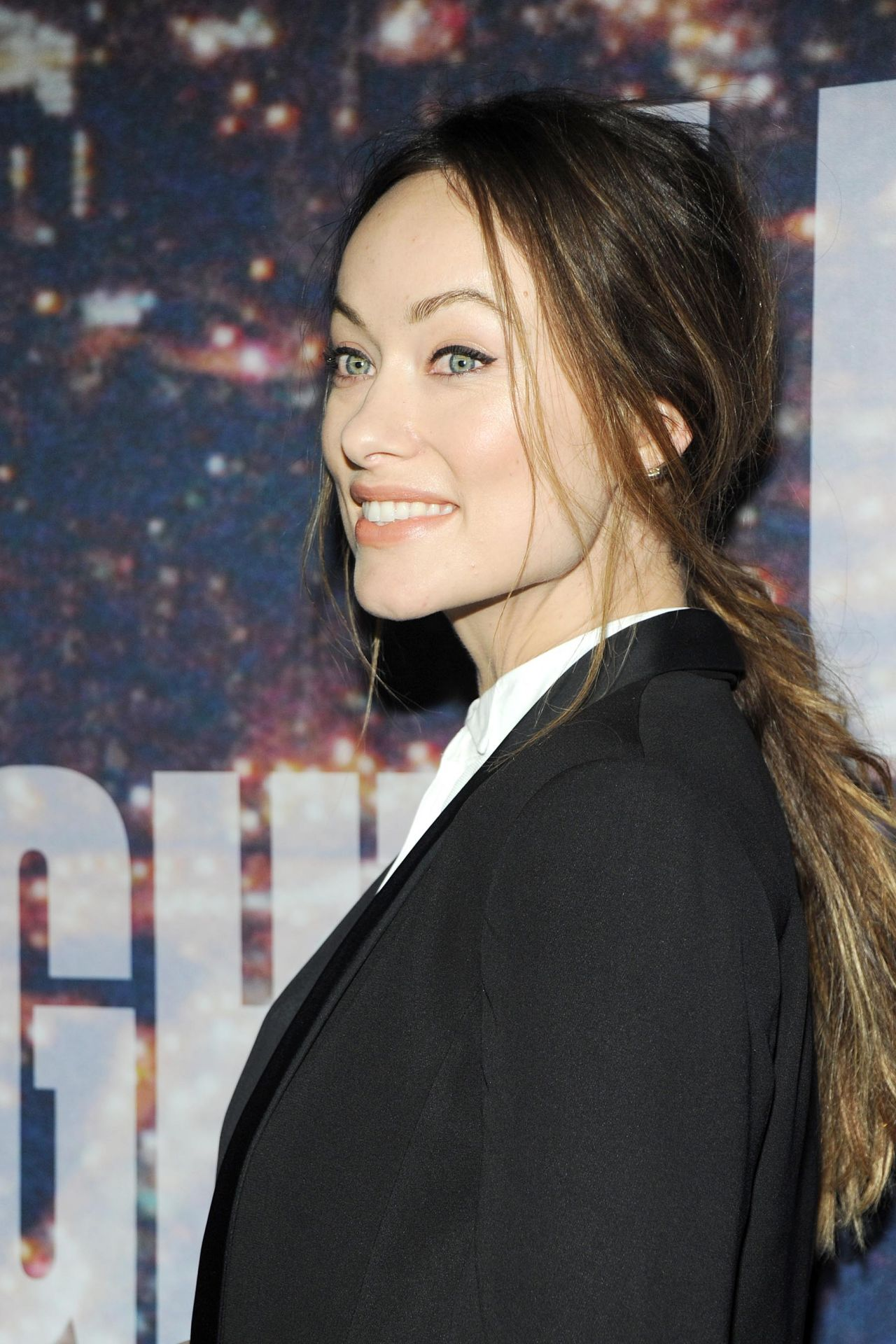 Olivia Wilde Height and Weight Stats - PK Baseline- How Celebs Get ... Olivia Wilde