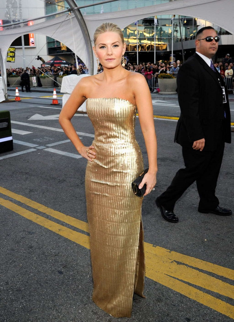 Elisha Cuthbert Height and Weight Stats - PK Baseline- How Celebs Get ...