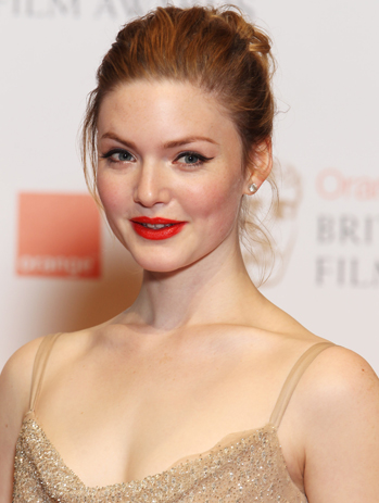 holliday grainger gif hunt tumblr
