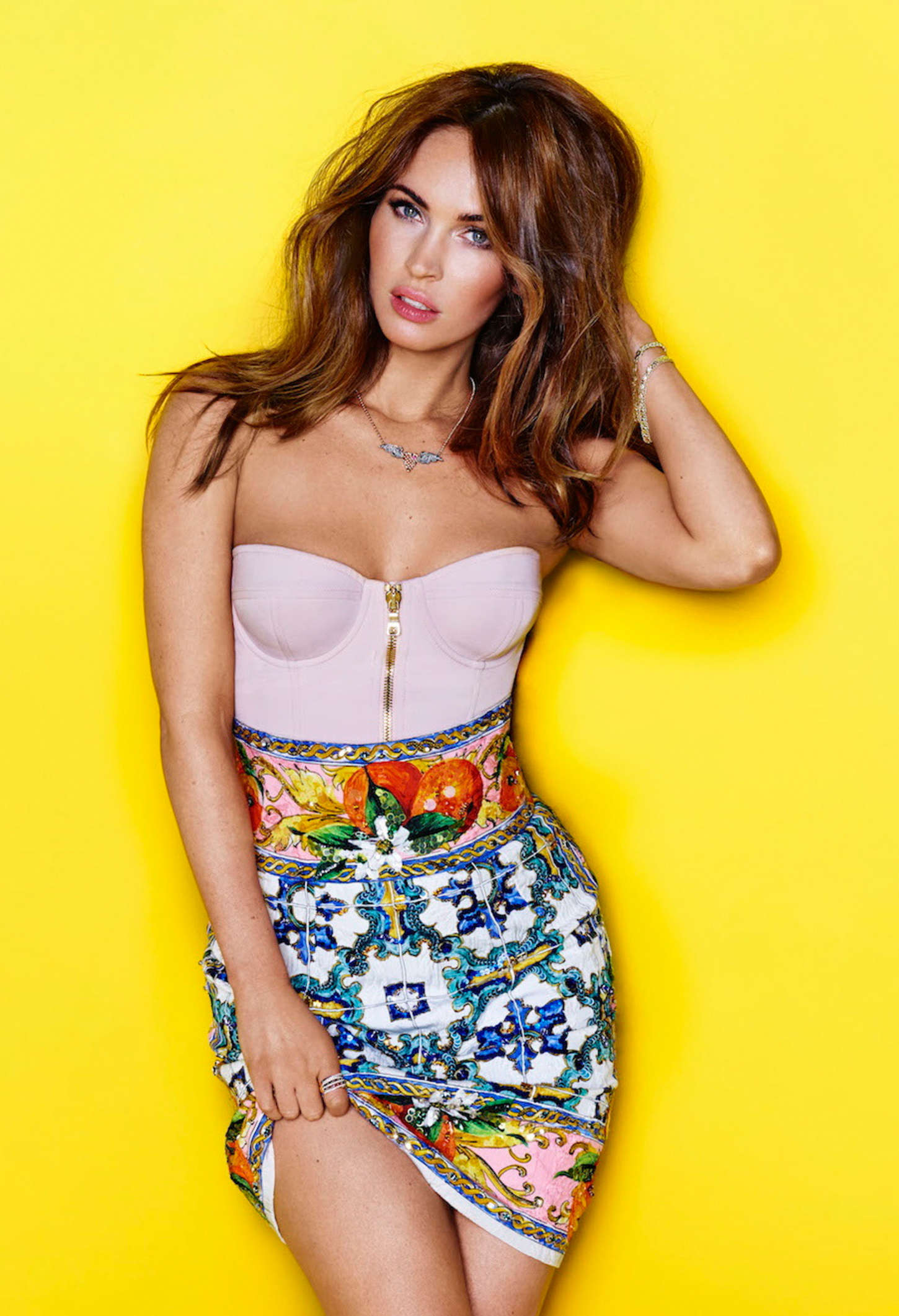 Megan Fox Height and Weight Stats - PK Baseline- How ...