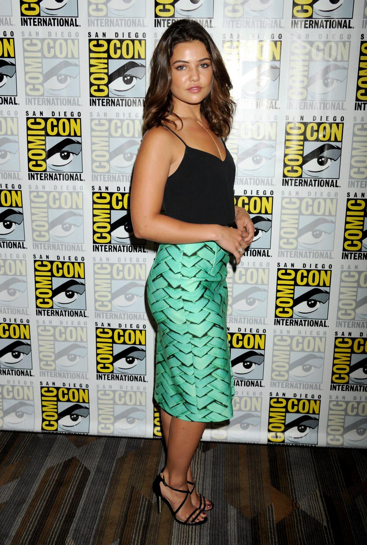 Danielle Campbell at Comic Con