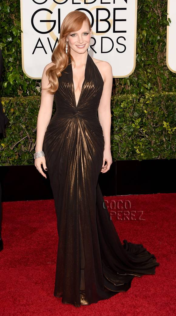 9a7a7157ac7 Jessica Chastain Height and Weight Stats - PK Baseline- How Celebs ...