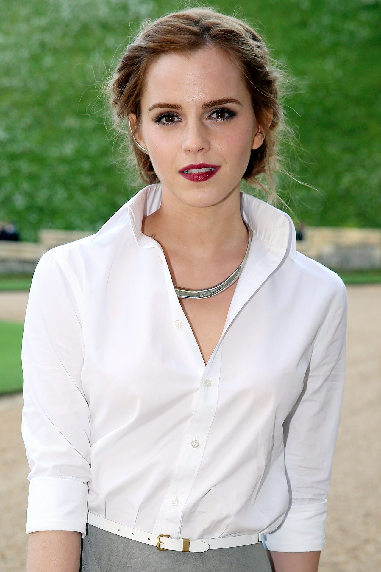 Emma Watson Height and Weight Stats - PK Baseline- How ... Emma Watson