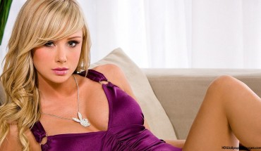 Sara-Jean-Underwood-2014-HD-Wallpaper