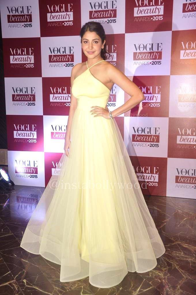 Anushka Sharma Height And Weight Stats Pk Baseline How