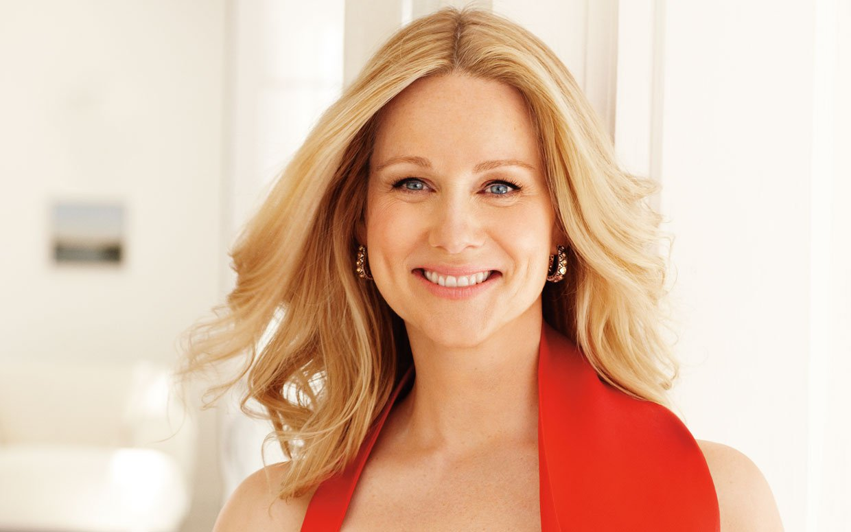 Https Www Pkbaseline Com Laura Linney Height Weight