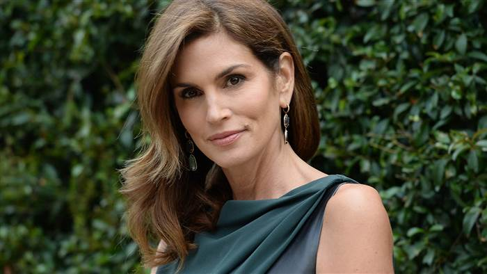 cindy-crawford-file-today-150714-tease2_3707ba45a85e778b2926be08fd218868-today-inline-large