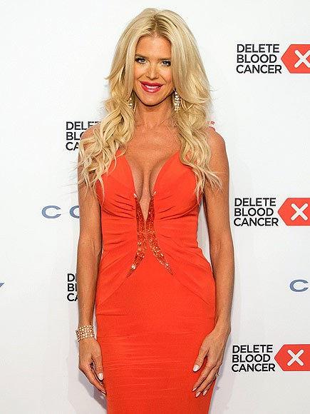 Victoria Silvstedt Red Dress