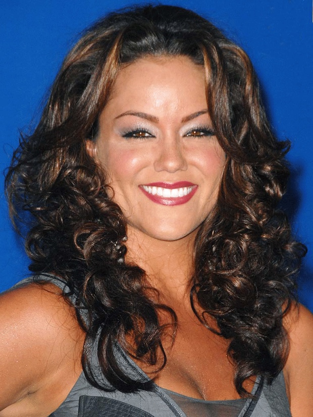Katy Mixon talks about her massive weight loss