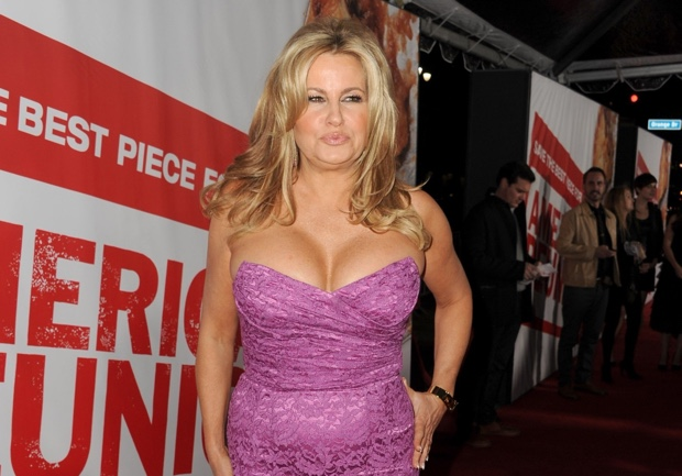 Jennifer Coolidge uses Garcinia Cambogia to Lose Weight